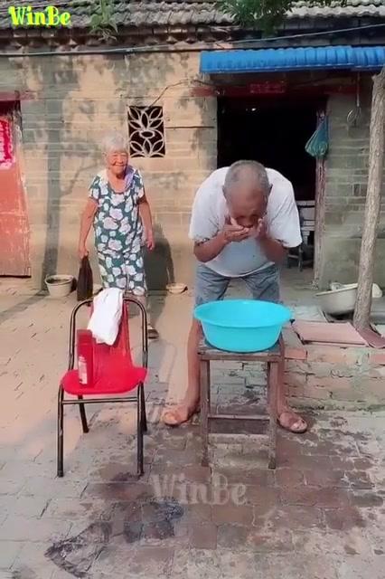 اضحك مع الشيب الجديد مزاح ثقيل اهههه