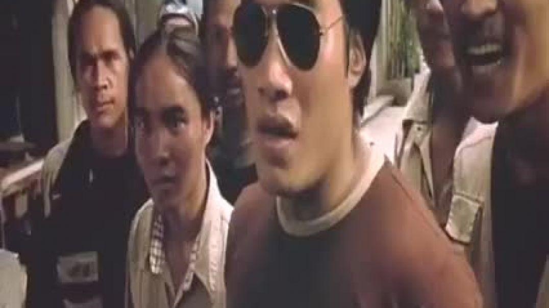 مقطع من فيلم أكشن البطل التايلاندي