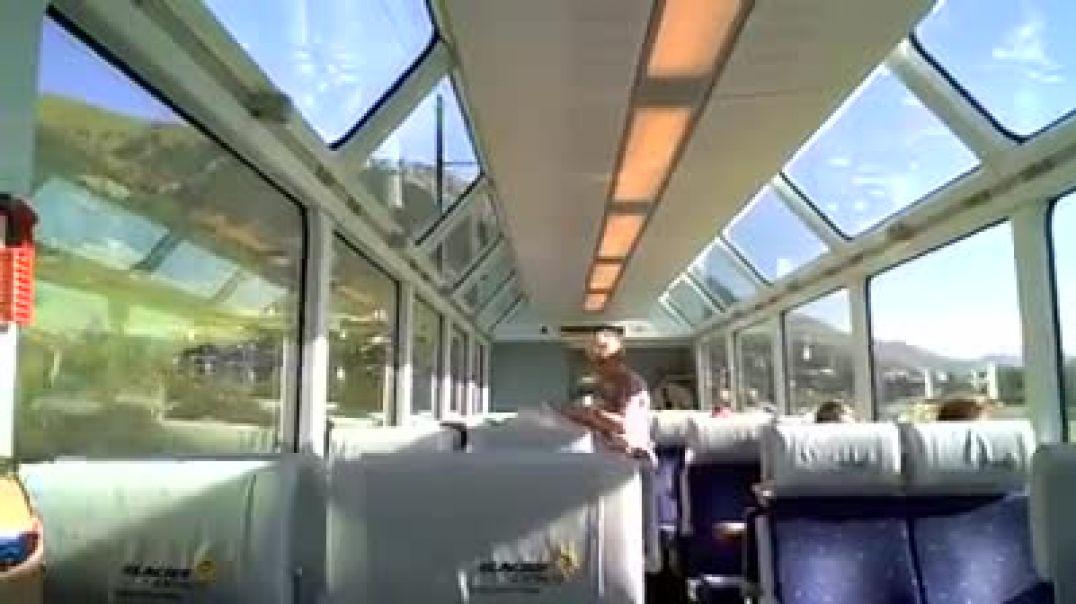 القطار الاجمل في العالم يمر داخل جبال الألب