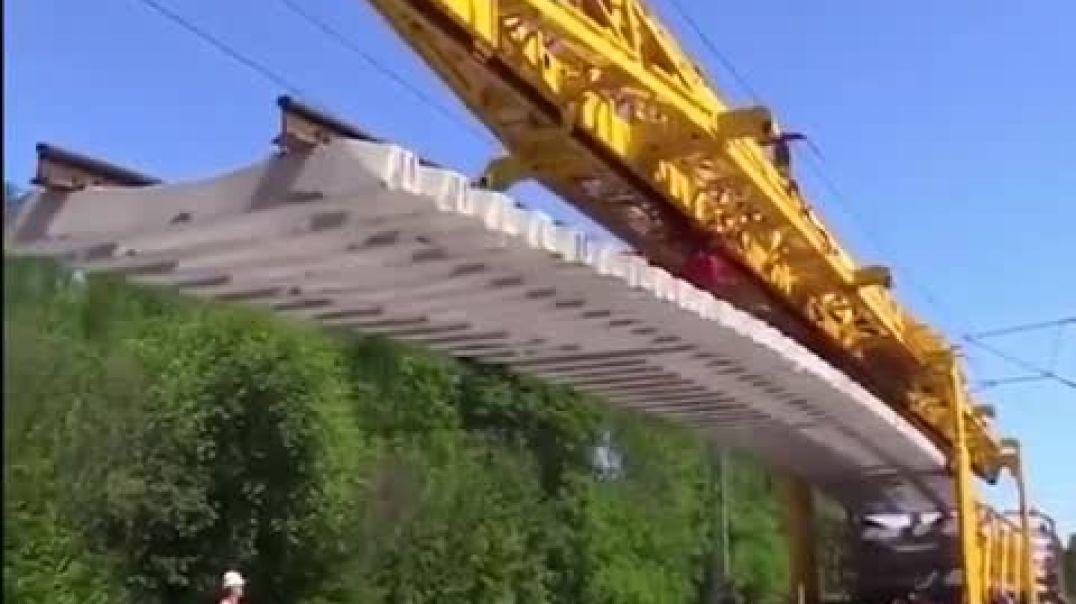 وضع مسار السكك الحديدية الحديثة..