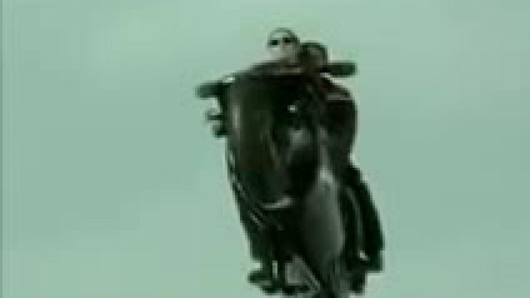 مقطع من فيلم مطارده مع شيلات