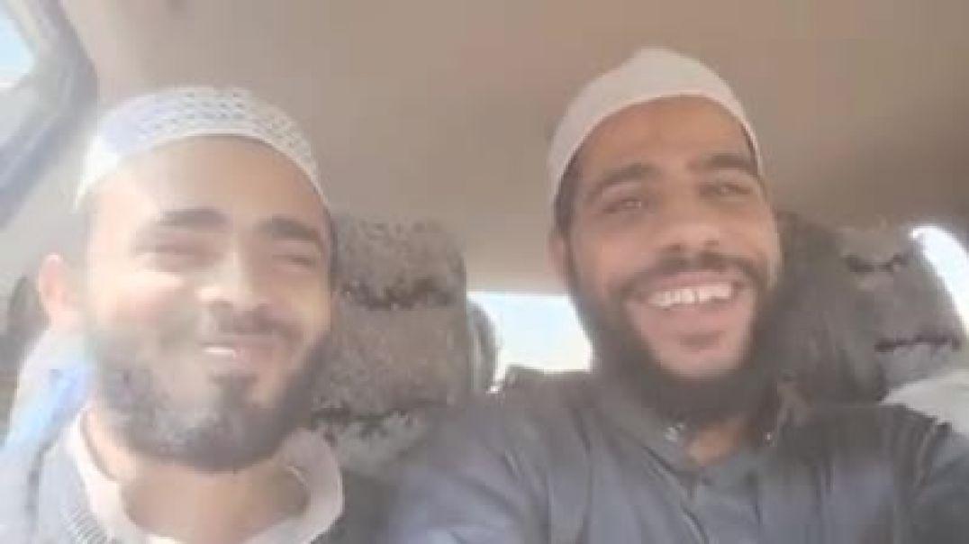 رجل ينشد ويضحك الشيخ محمود الحسنات